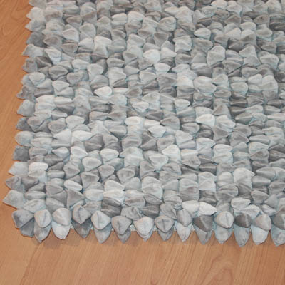 Dreamweavers Silver Grey Chamois Pebble Rug