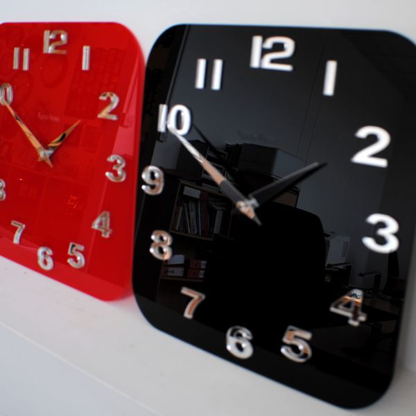 Black Red Roco Verre Acrylic Gloss Modern Retro Wall Clock