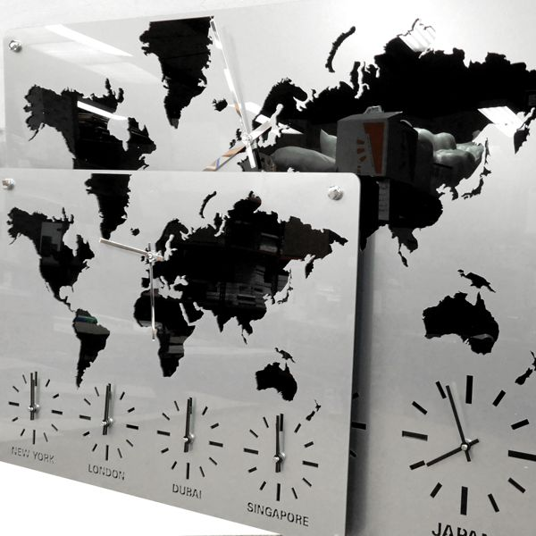 two size Roco Verre Acrylic Map Clock