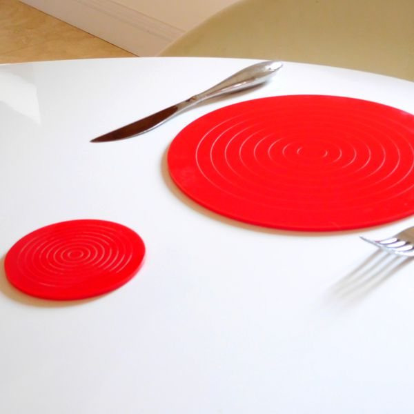round Red Gloss Circlets Coasters And Place-mats