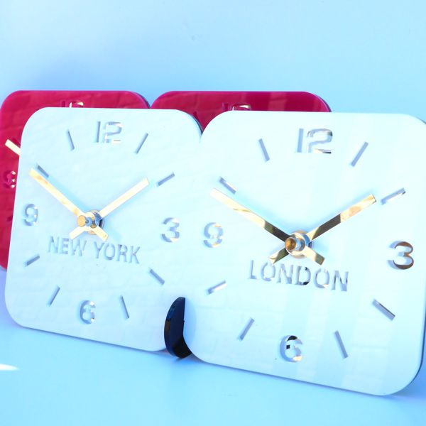 red Roco Verre Acrylic Desk Table Time Zone Clock